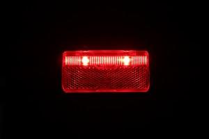 Busch & Müller Toplight Line Brake plus - leuchtend von vorn