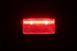 Busch & Müller Toplight Line Brake plus - leuchtend von vorn mit Bremslicht